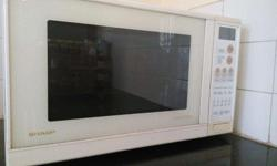 SHARP Convection Microwave oven 41L in good condition,