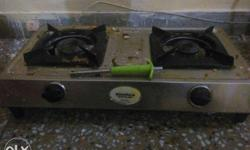 Silver-and-black 2-burner Gas Stove