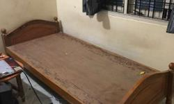 single bed in good condition for sale