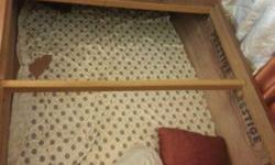 Single box bed/deewan with mattresses in very good