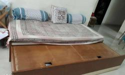 Sliding Double Bed in very good condition 3�6