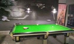 2 snooker, 1 Indian pool table ,1 American pool table