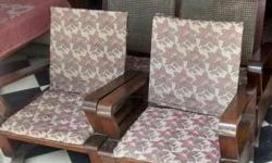 Want 2 sell sofa set antique model