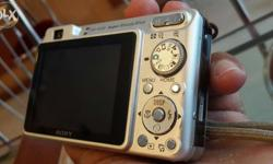 Perfect condition lite used no scratch 7.2 mp cam full