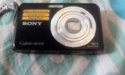 Black color digital camera latest with memory card...