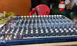 soundcraft efx12 mic mixer