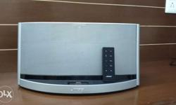 Sparingly used Bose Sound Dock 10 digital music system