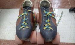 Very Good Condition Secondhand Sketing Shoes with