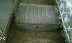 Thick chaadra metal chest