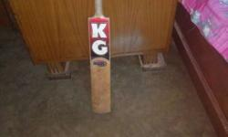 this is real English Willow kg bat with awesome stroke