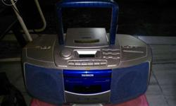 VCD MP3 CD FM player with stereo DUAL SPEAKER. Only Fm