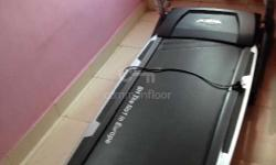 Treadmill portable in new condition. Fixed price. No