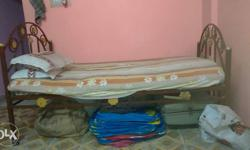 urgent sell my bed ..vry gud condition vry less used..