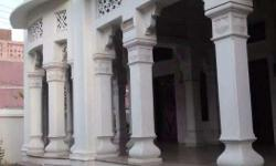 Exotic old age super villa in the middle of Varanasi