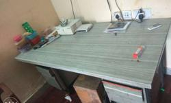 very big huge table with 2 sides storeble 6 dexssss