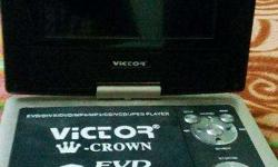 Victor portable DVD / EVD player at 2500