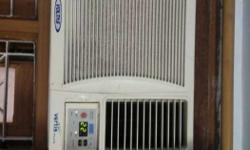 voltas AC Window 1.00 Ton. Working condition, with