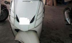 i want to sell my Honda activa white color 2010 model.