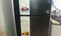 Whirlpool 3 star fridge Well maintained In excellent