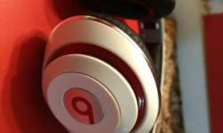 White Beats By Dr. Dre Headphone