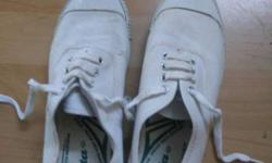 white canvas size 6 new one