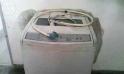 White color washing machine used for 1 year selling as