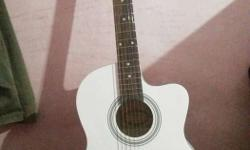 Acosting Gitar urgent sale.. New gitar..only 2 week