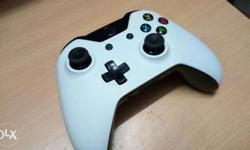 Xbox one white controller with three games sale