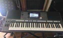 Yamaha psr s970 keyboard brand new condition with