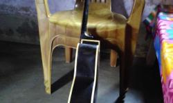 Yemaha acoustic guitar in good condition